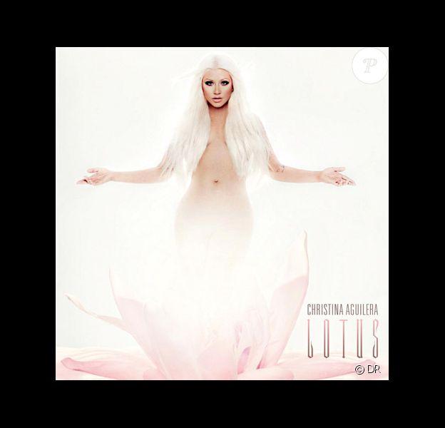 Christina Aguilera, visuel de son album Lotus à paraître en novembre 2012, révélé le 5 octobre et shooté par le photographe Enrique Badulescu