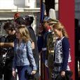 La famille royale d'Espagne était rassemblée en tenue officielle le 1er octobre 2012 pour la remise de la Croix du mérite collectif San Fernando au régiment de cavalerie Alcantara.