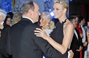 Le prince Albert et Charlene, romantiques, ouvrent le Bal du lys à Florence