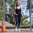 Goldie Hawn dévoile une silhouette svelte en tenue de sport, Los Angles le 11 octobre 2012.
