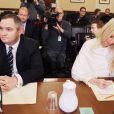 Michaele Salahi et son ex-époux Tareq au tribunal en 2010. La socialite de Washington a quitté en septembre 2011 Tareq pour son ami de longue date et ancien amant Neal Schon, du groupe Journey.