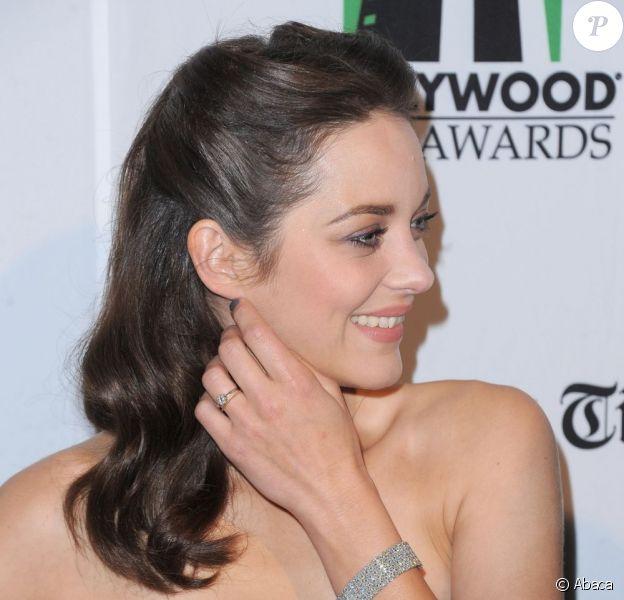 Marion Cotillard lors de la cérémonie des Hollywood Film Awards le 22 octobre 2012 à Los Angeles
