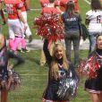 Ava, la fille de Heather Locklear et Richie Sambora, participe en tant que pom-pom girl, le samedi 27 octobre 2012.