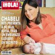 Chábeli Iglesias en couverture du magazine espagnol  ¡Hola!  pose avec sa fille Sofia, mars 2012.