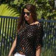 L'''amie'' de Christian Vieri a un léger problème de bikini, à Miami le 2 novembre 2012.