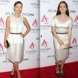 Olivia   Wilde  et  Julianne   Moore , toutes deux habillées par    Calvin   Klein , à la cérémonie des   Ace Awards 2012   à  New   York , le 5 novembre 2012.