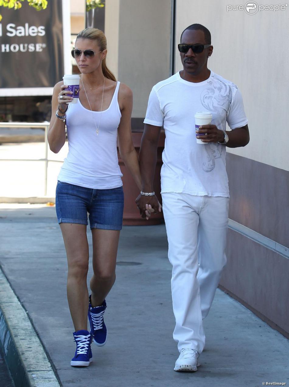 Exclusif - Eddie Murphy et sa petite amie Paige Butcher se promènent a Studio City. Le 5 novembre 2012.