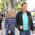 David Hasselhoff et sa chérie Hayley Roberts font du shopping à Los Angeles le 11 avril 2012
