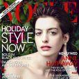 Anne Hathaway en couverture du magazine  Vogue  pour le numéro de décembre 2012.