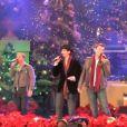 Les Backstreet Boys chantent It's Christmas Time Again à Los Angeles le 11 novembre 2012.