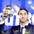 Zlatan Ibrahimovic remporte le Ballon d'or suédois à Stockholm, le 12 novembre 2012.