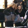 Caroline Kennedy et sa fille Rose Schlossberg en décembre 2003