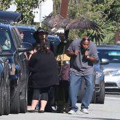 Johnny Depp se rend à l'école de ses enfants avec un aigle très imposant !