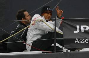PHOTOS : Le pro de la F1 Lewis Hamilton, accident de... voilier !