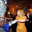 La princesse Maxima des Pays-Bas dansant la samba au Brésil le 21 novembre 2012