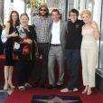 Marin Hinkle, Conchata Ferrell, Ashton Kutcher, Jon Cryer, Angus T. Jones et Holland Taylor à Los Angeles le 19 septembre 2011.