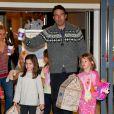 Toute la famille Affleck/Garner fête l'anniversaire de la grande Violet, 7 ans, en compagnie de ses copines, le 1er décembre 2012 à Brentwood