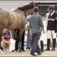 Athina Onassis en larmes après que le cheval de son mari ait été blessé !