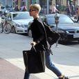Miley Cyrus se rend chez le médecin à Beverly Hills le 5 decembre 2012.
