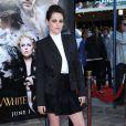 Kristen Stewart, sexy en Stella McCartney lors de la projection de Blanche-Neige et le Chasseur. Los Angeles, le 29 mai 2012.