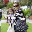 Denise Richards emmène sa fille Eloise chez le docteur à Santa Monica le 12 décembre 2012.