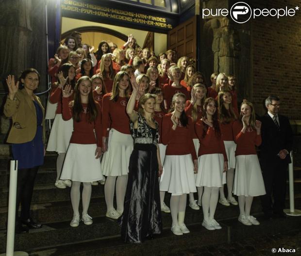 Les choeurs de Noël à l'église Esajas. Le prince Frederik et la princesse Mary de Danemark étaient avec leurs quatre enfants, Christian, Isabella, Vincent et Josephine, au concert de Noël annuel à l'église Esajas de Copenhague, le 16 décembre 2012.