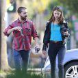 Shia LaBeouf se promenant dans les rues de L.A avec sa nouvelle petite amie, Mia Goth, le 22 décembre 2012.