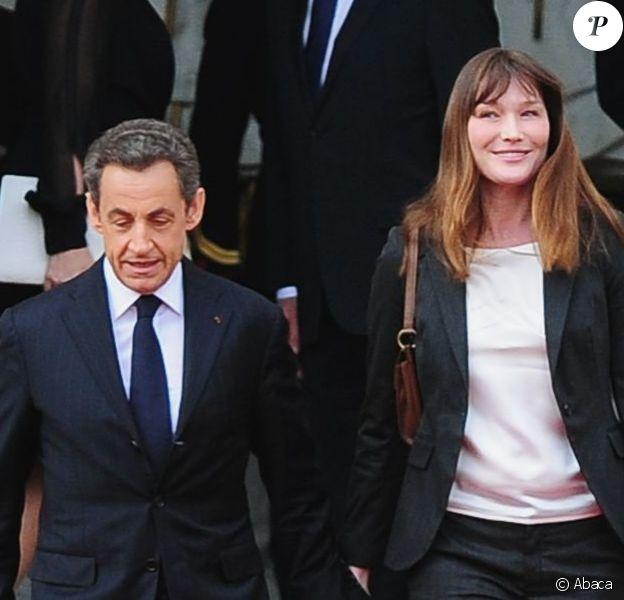 Nicolas Sarkozy et Carla Bruni-Sarkozy à l'Elysée le 15 mai 2012.