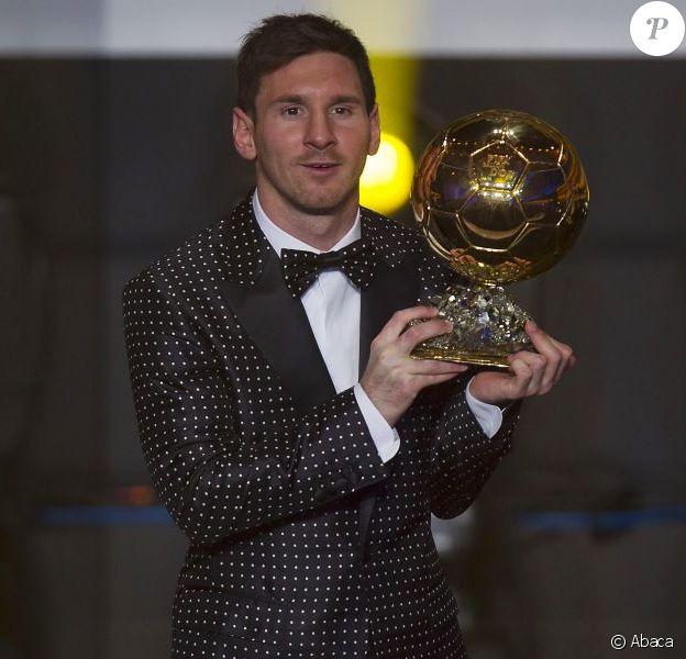 Lionel Messi a reçu le 7 janvier 2013 à Zurich son quatrième FIFA Ballon d'or