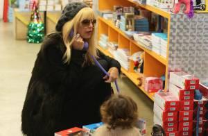 Rachel Zoe et son fils Skyler : Duo complice au milieu des jouets