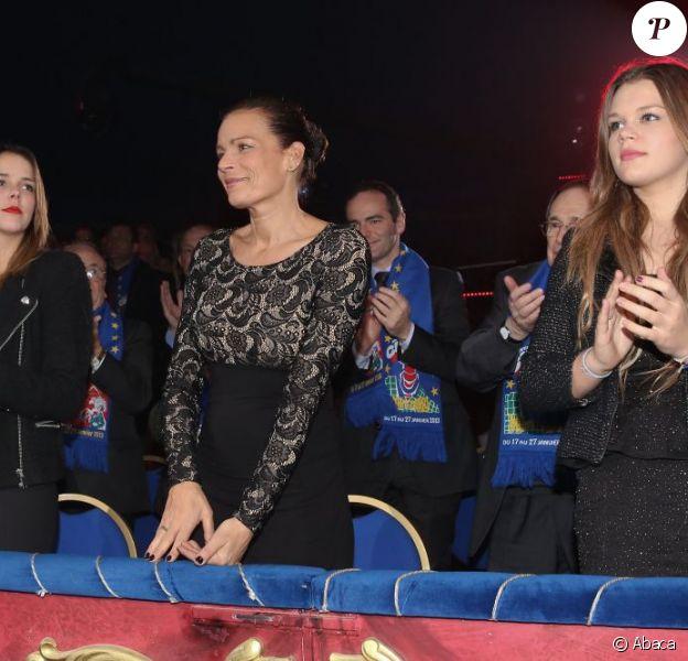 Pauline Ducruet, la princesse Stéphanie de Monaco et Camille Gottlieb lors du 37e Festival international du Cirque de Monte-Carlo le 19 janvier 2013