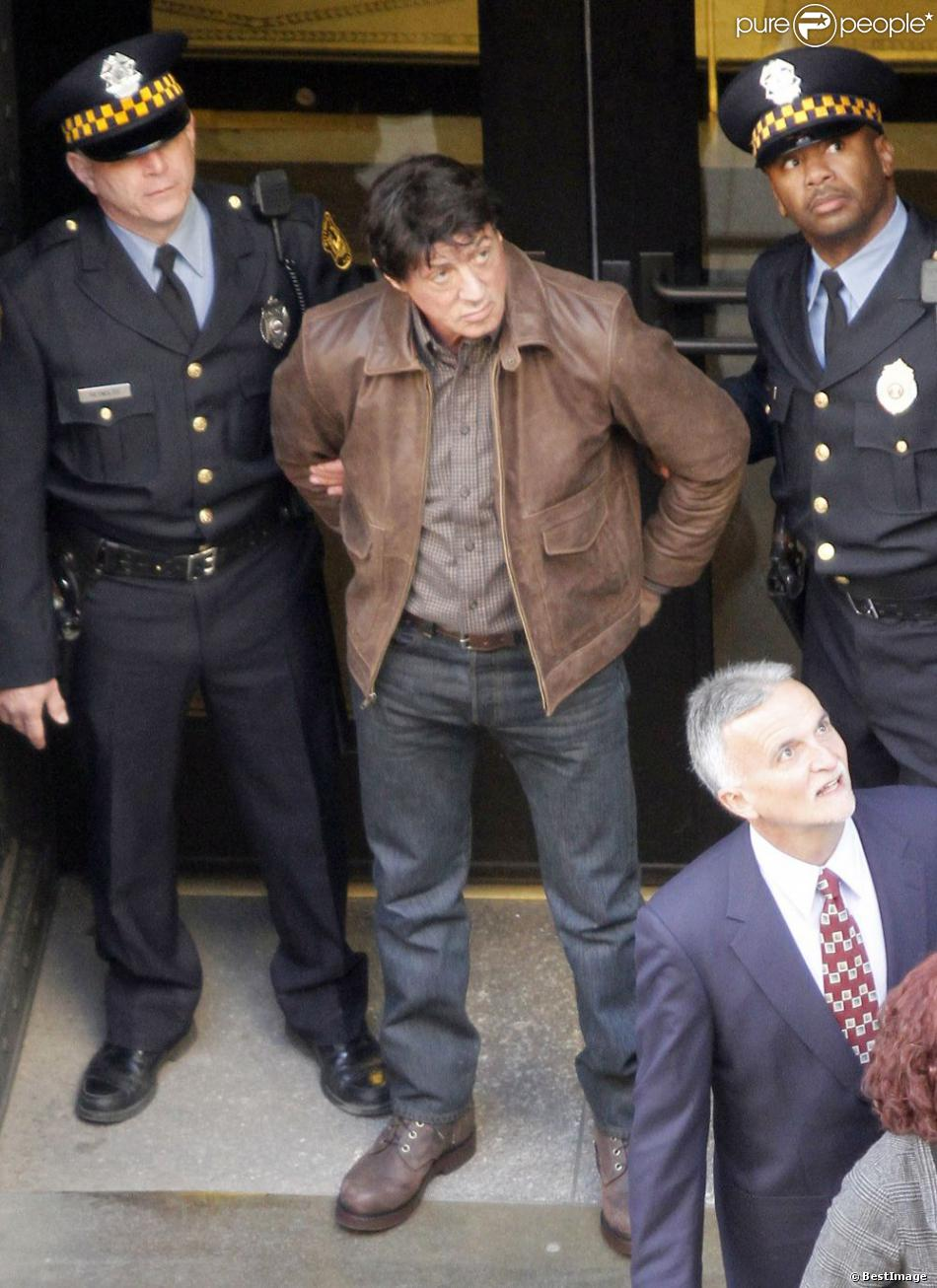 Non, Sylvester Stallone n'a pas été arrêté pour des abus physiques et sexuels qu'aurait subi sa demi-soeur Toni-Ann. Il est ici sur le tournage du film Grudge Match à la Nouvelle-Orléans, le 18 janvier 2013.