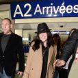 Jenifer arrive à l'aéroport de Nice, avant de filer vers Cannes pour les NRJ Music Awards, le 25 janvier 2013.