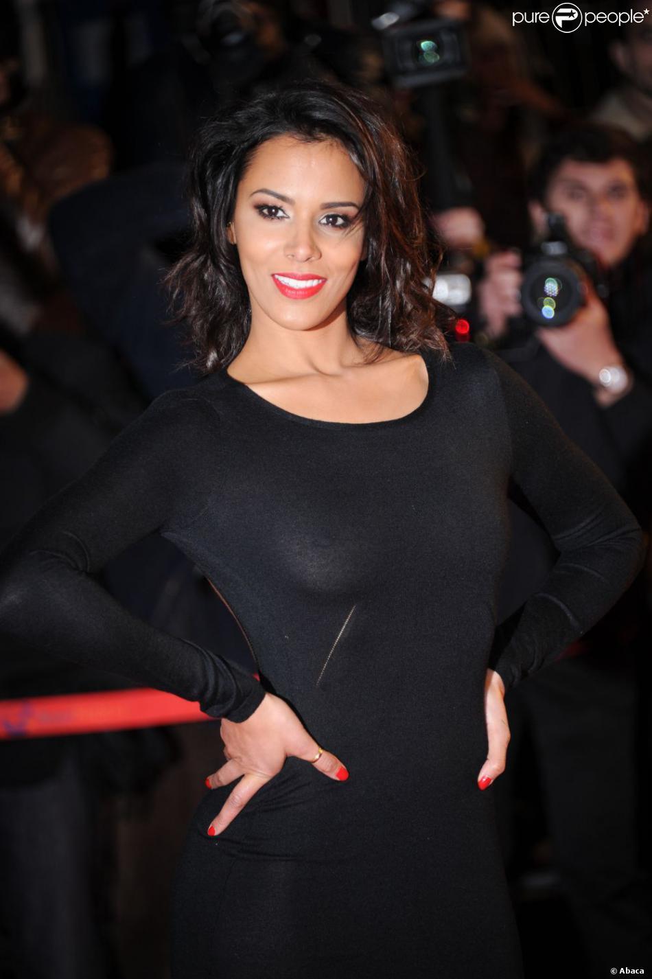 Shy'm sur la tapis rouge du Palais des Festival de Cannes le 26 janvier 2013 pour les NRJ Music Awards, où elle conserve son titre de l'Artiste féminine francophone de l'année.
