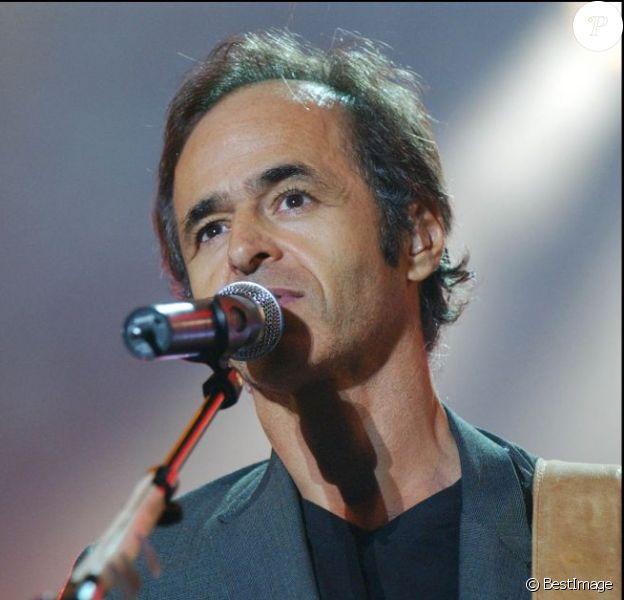 Jean-Jacques Goldman à La Rochelle le 19 août 2004.
