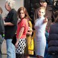 Jessica Stroup et Annalynne McCord de 90210 sur le tournage de la série, à Los Angeles, le 31 janvier 2013.