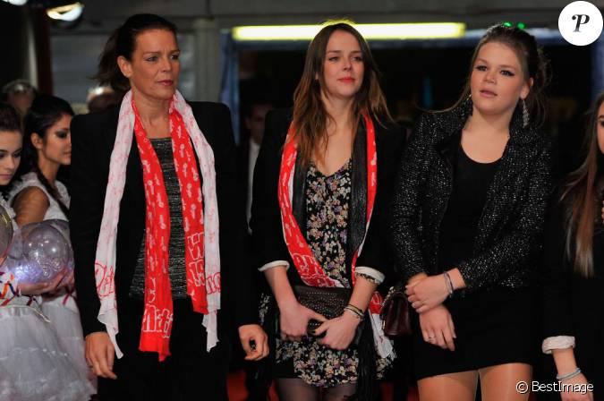 La princesse Stephanie de Monaco et ses filles Pauline ...