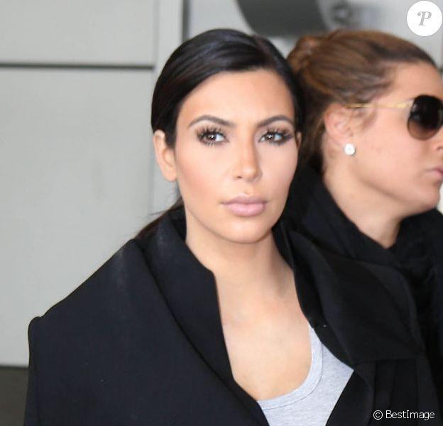 Exclusif - Kim Kardashian, enceinte, arrive à Miami pour seulement quelques heures. Le 2 février 2013.