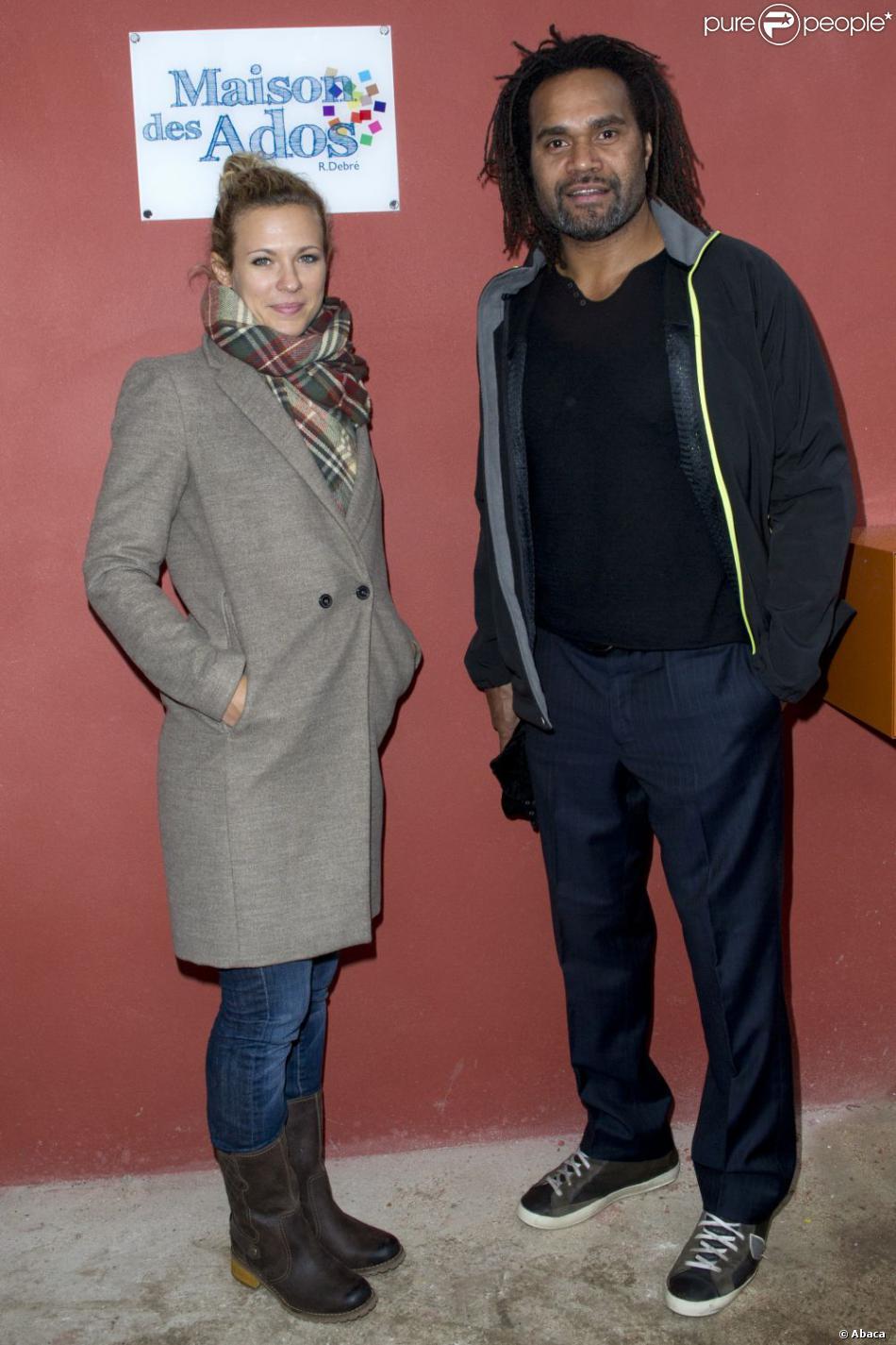 Lorie et Christian Karembeu lors de l'inauguration d'une Maison des Ados financés grâce à l'opération Pièces jaunes à l'hôpital Robert-Debré à Paris le 4 février 2013