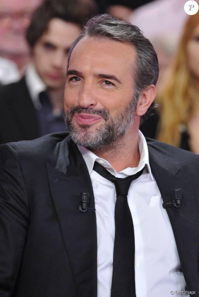 Jean dujardin barbu et cool pour l 39 mission vivement for Dujardin france