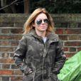 Geri Halliwell sur le chemin de l'école le 1er mars 2013 à Londres
