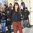 L'élégante Caroline de Maigret arrive au défilé Chanelautomne-hiver 2013-2014 au Grand Palais à Paris. Le 5 mars 2013