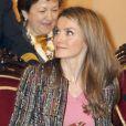 La princesse Letizia d'Espagne préside une importante cérémonie pour la Fédération espagnole des maladies rares (FEDER), à Madrid, le 8 mars 2013.
