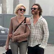 Joaquin Phoenix : Perdant des Oscars, pas sexy barbu... mais amoureux