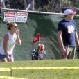 Britney Spears et son nouveau petit ami David Lucado jouant au golf à Thousand Oaks, le 15 mars 2013.