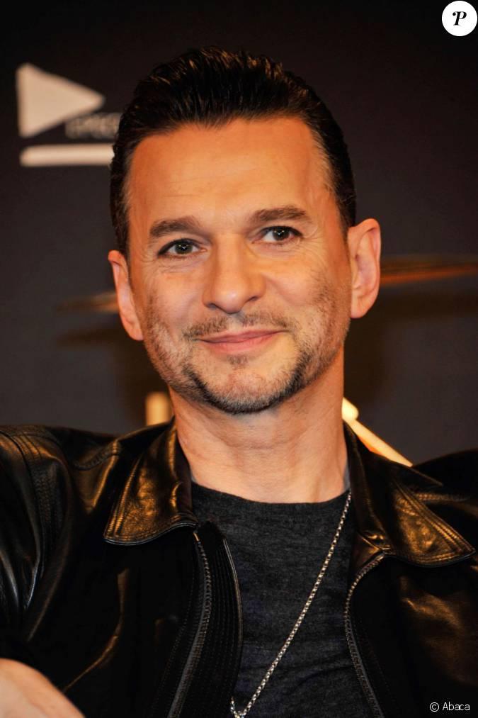 le chanteur dave gahan du groupe depeche mode annonce leur partenariat avec la marque hublot en. Black Bedroom Furniture Sets. Home Design Ideas