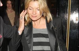 PHOTOS : Kate Moss très loin de son homme ?