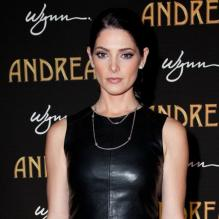 Ashley Greene en janvier 2013 à Las Vegas