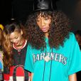 Rihanna et sa meilleure amie Melissa Forde quittent le Greystone Manor à West Hollywood. Le 7 avril 2013.