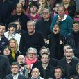 Michaël Youn, Isabelle Funaro, Jean Claude Darmon, Hoda Roche et Pascal Elbé lors du match entre le Paris Saint-Germain et le FC Barcelone au Camp Nou de Barcelone le 10 avril 2013 en quart de finale de Ligue des Champions (1-1)